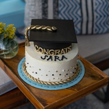 Grad Hat Cake I