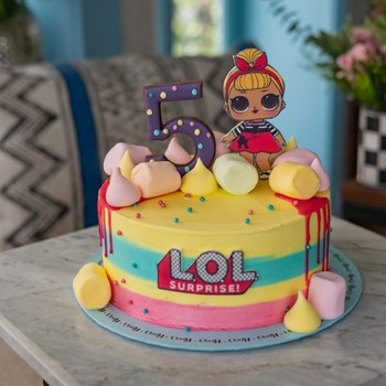 LOL Marshmallows Cake