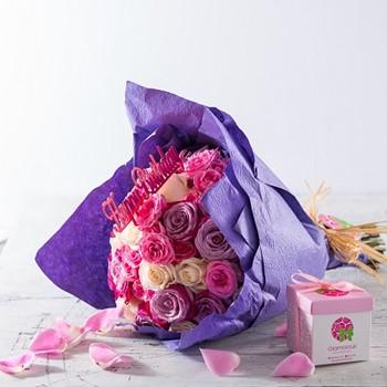 Glamorous Hand Bouquet IV