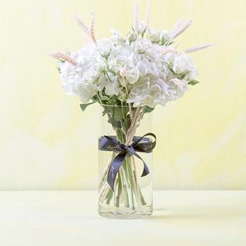 Wonder White Bouquet