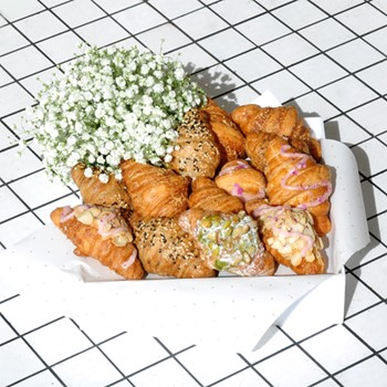 Croissants Basket