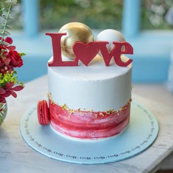 Golden Love Cake
