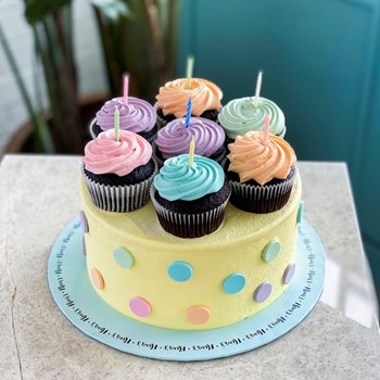 Pastel Cupcakes Cake