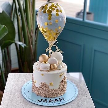 Golden Sparkle Cake