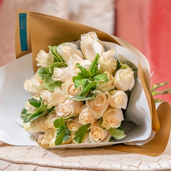 15% OFF - White Fleur