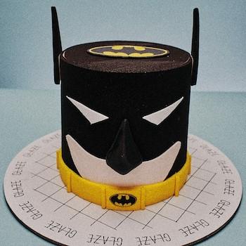 Batman Cake 1