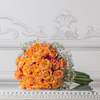 Roses with Gypsophila
