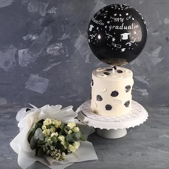 Balloon Cake Graduation