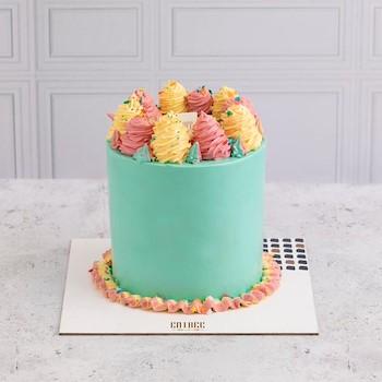 Swirly Cake Plain