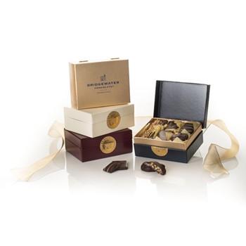 Dark Chocolate (Gold, 19 Pcs)
