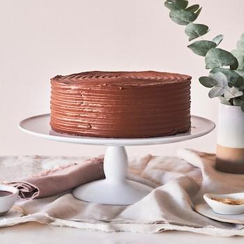 Caramel Salted Cake