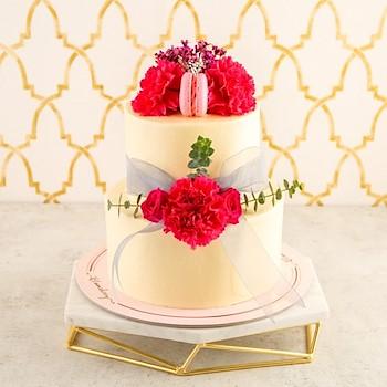 Aurora Cake (Vanilla & Raspberry)