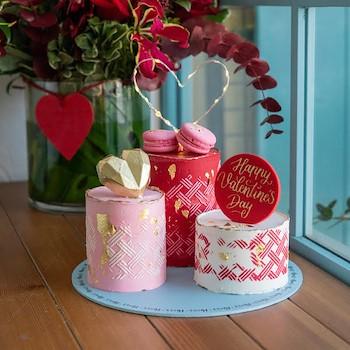 Trinity Lights Love Cake