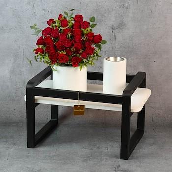 Black & White Table 21