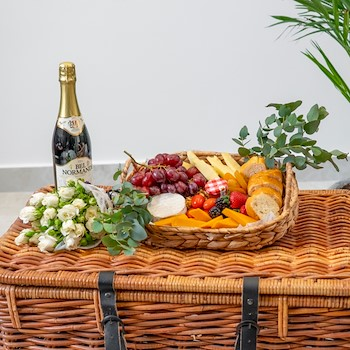 White Picnic Package