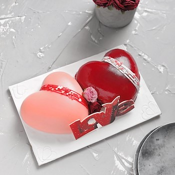 Beautiful Love Cake