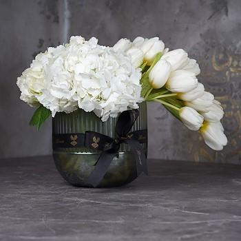 Tulip With Hydrangea