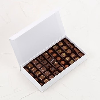 Medium Mix Chocolate Box