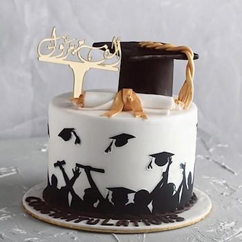 Graduations Cake