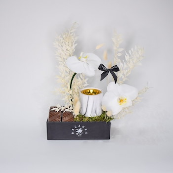 Pretty Dominance Bouquet