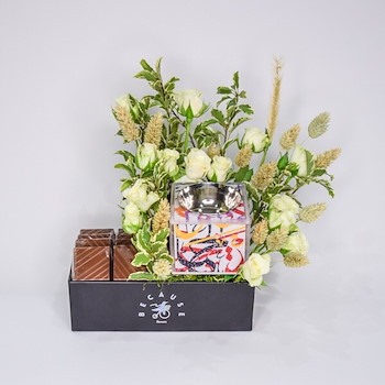 Thinking Lustrous Bouquet