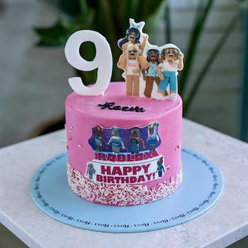 Roblox Girl Cake