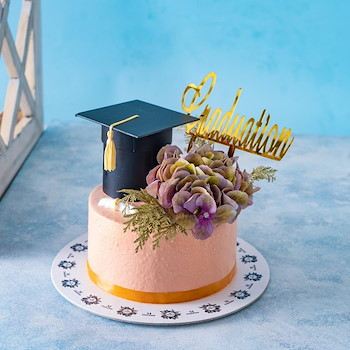 Hydrangeas Graduation Cake