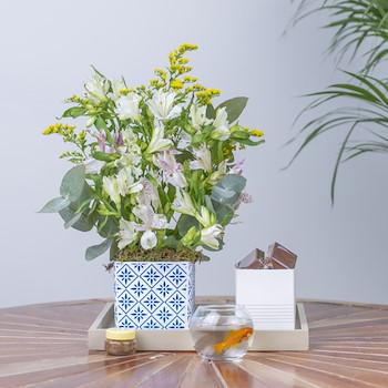 A White Blossom I