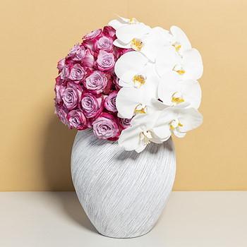 Victorina Violet Roses