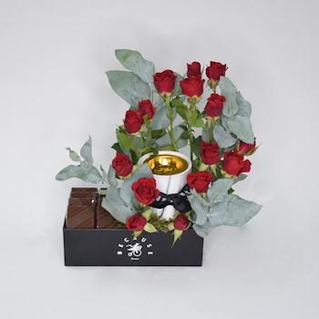 Red Unique Bouquet II