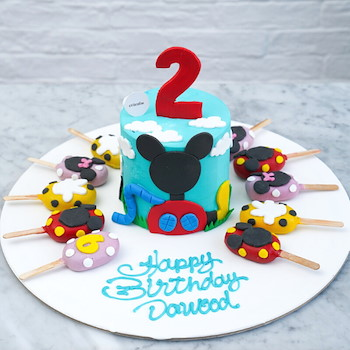 Mickey Mouse Cake & Cakesickles