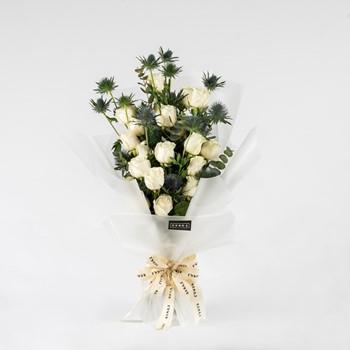 Purity Hand Bouquet