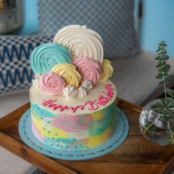 Meringue Rose Cake