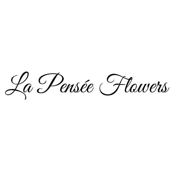 La Pensee Flowers